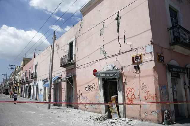 Daños en 50 edificios y templos en Puebla y San Andrés: CMIC