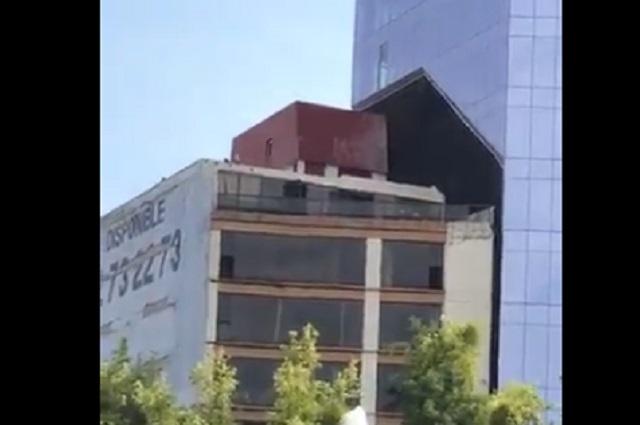 VIDEO: Sismo causa choque entre dos edificios en la Ciudad de México