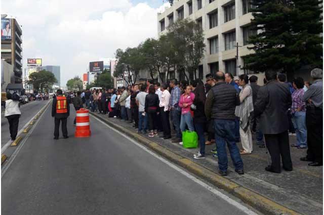 Sismo de 7.1 derrumba 13 edificios en la Ciudad de México