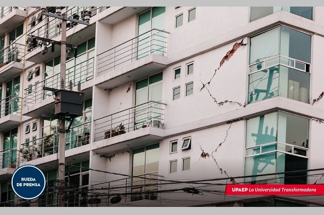 La sociedad debe aprender a vivir con pandemia y sismos: Upaep