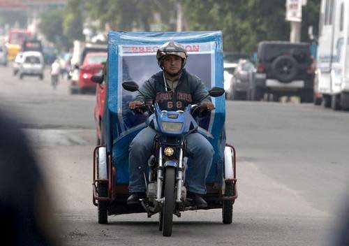 Inician operativos para retirar mototaxis de las calles