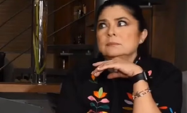 ¡No lo perdona! Así reaccionó Victoria Ruffo a videollamada con Eugenio Derbez