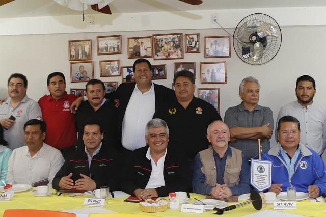 Crean federación sindical y van por relación directa con AMLO
