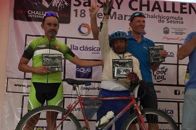 Este hombre ganó una de las carreras más difíciles de México con su bici de panadero