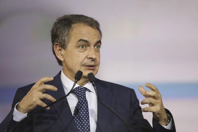 Llama Rodríguez Zapatero a explotar talentos de mexicanos y españoles
