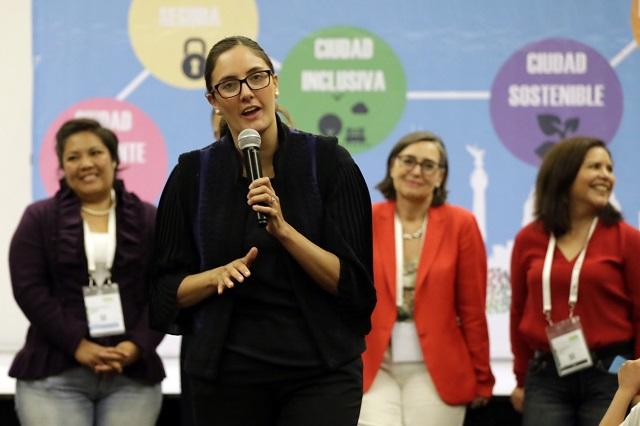 Patricia Vázquez autorizó 4 de cada 10 RVOES desde 2011 en Puebla