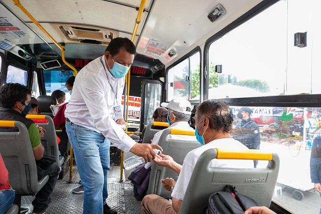 Revisan medidas anti covid en transporte suburbano de Puebla