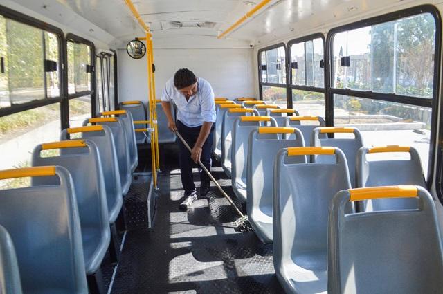 Covid-19 logra llevar agua y jabón al transporte público