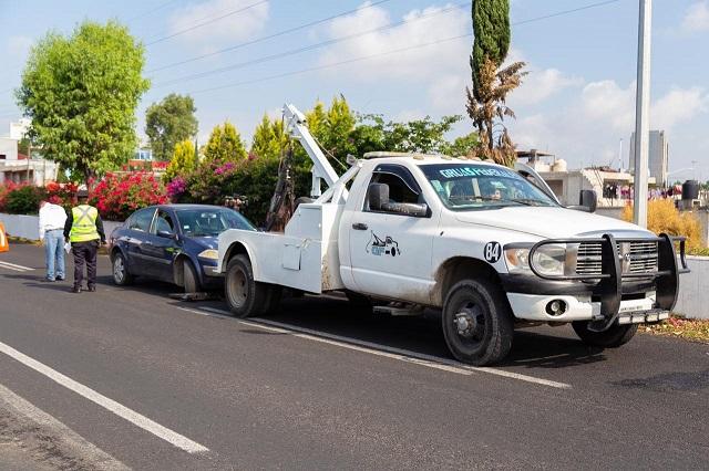 Remiten al corralón a 27 vehículos por Hoy no circula