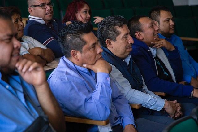 Capacita SMT a operadores del transporte público de Puebla