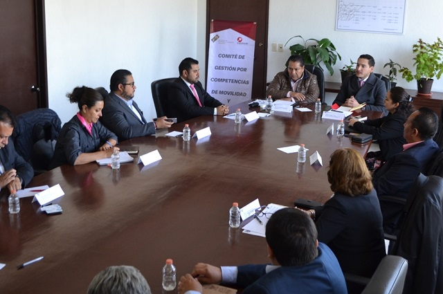 Capacita SMT a operadores del transporte público en Puebla
