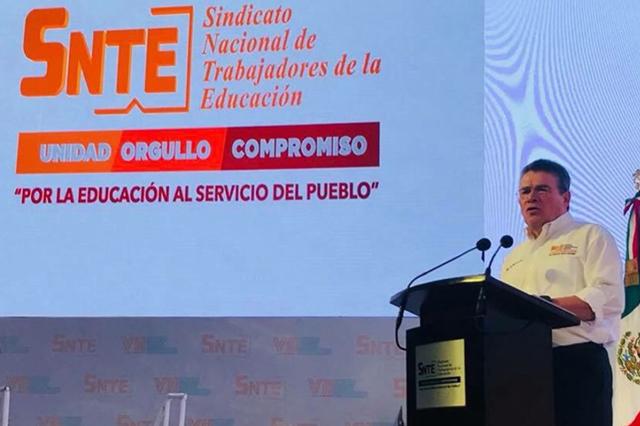 Se reelige Juan Díaz de la Torre como líder del SNTE