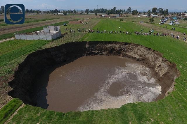 Rechaza Conagua que extraer agua causara el socavón