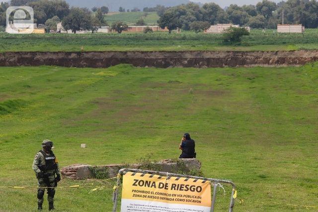 Militares dejan de resguardar el socavón de Zacatepec