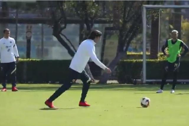 Solari derrocha talento durante entrenamiento con América: Video