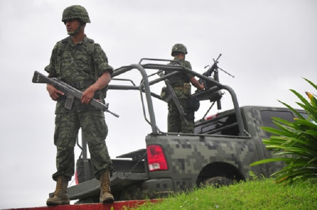 Dicen militares que apagaron sus cámaras en operativo de Laredo