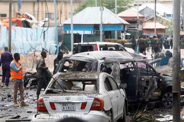 Atentado con coche bomba en Somalia deja 8 muertos y 9 heridos