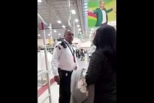 Soriana despide a guardia de seguridad que golpeó a menor de video viral