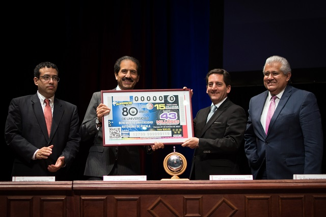Realiza la Lotería Nacional sorteo para conmemorar a la BUAP