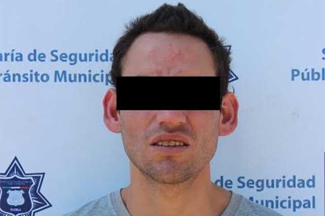 Ladrón huía en combi del trasporte público pero policías lo alcanzaron