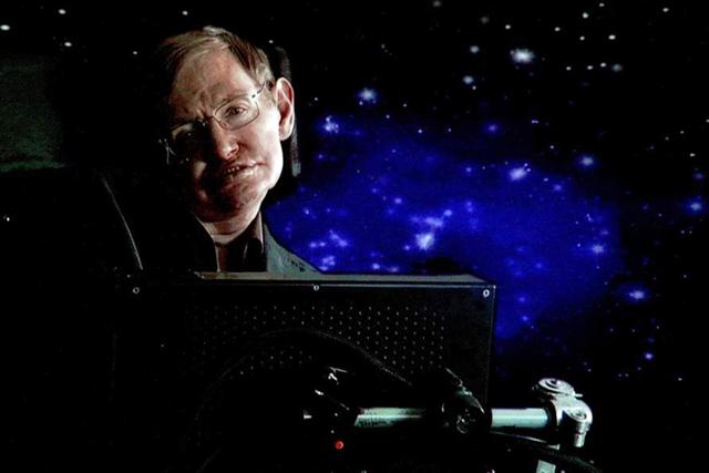 A propósito de Hawking, físicos BUAP ven aún larga vida a la física teórica