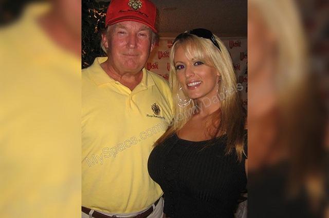 Trump acepta que le pagó con su dinero a la actriz porno Stormy Daniels