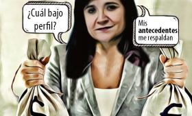 Premian a funcionaria de Leo Paisano nombrándola Oficial Mayor de la SEP