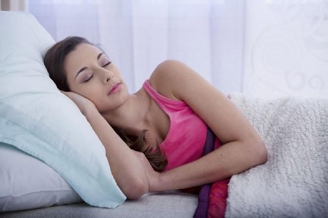 Mira el por qué las mujeres deben dormir 20 minutos más que los hombres