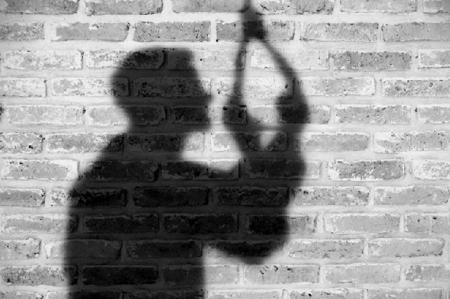 4 alertas de que una persona estaría pensando en suicidarse