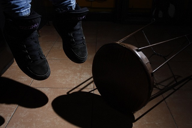Vecinos al sur de Puebla confunden suicidio con muerte por Covid-19