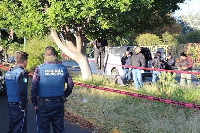 Aparente suicidio de hombre frente al aviario del Parque Ecológico