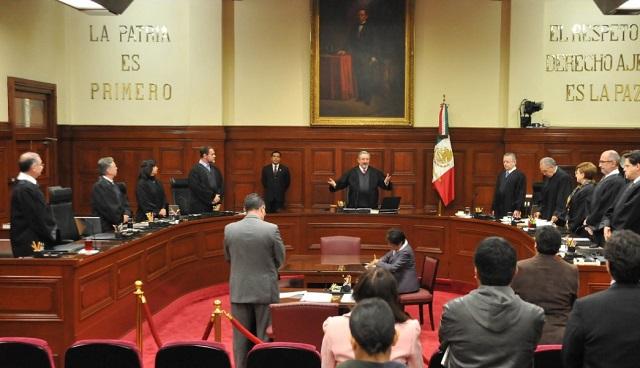La Suprema Corte dice que los legisladores no pueden renunciar al fuero