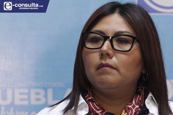 Logra Genoveva Huerta amparo contra orden de aprehensión