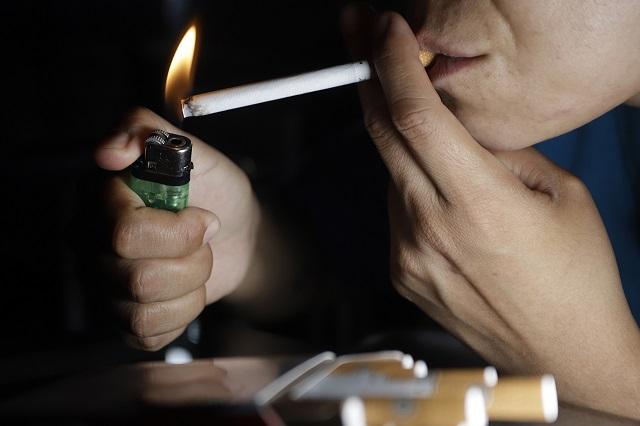 Alertan que fumadores son más susceptibles a contagiarse de Covid-19