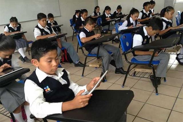 Reciben tabletas pero carecen de internet 8 de cada 10 primarias