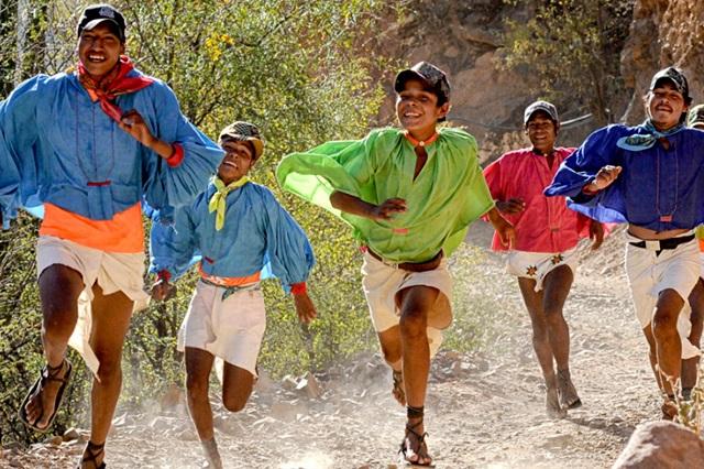 Buscan explicar la capacidad de los tarahumaras para correr