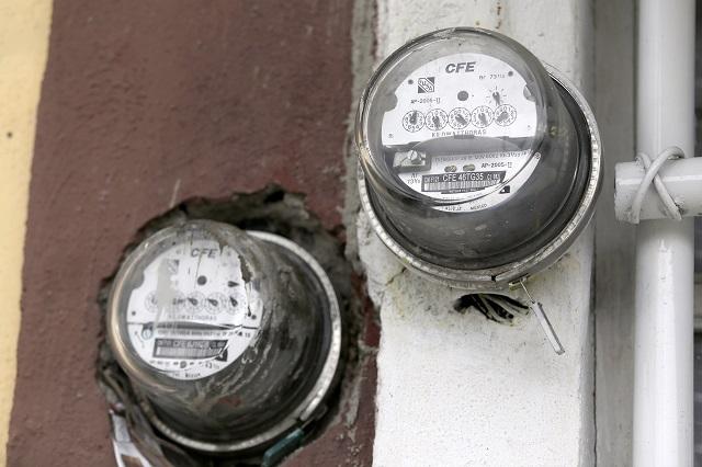 Alza en energía eléctrica pegó a 150 comerciantes poblanos