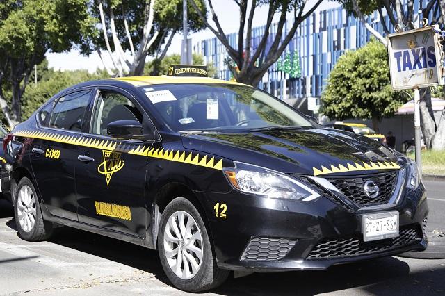 Arrancan taxis con tarifas fijas de 50 y 100 pesos en Puebla