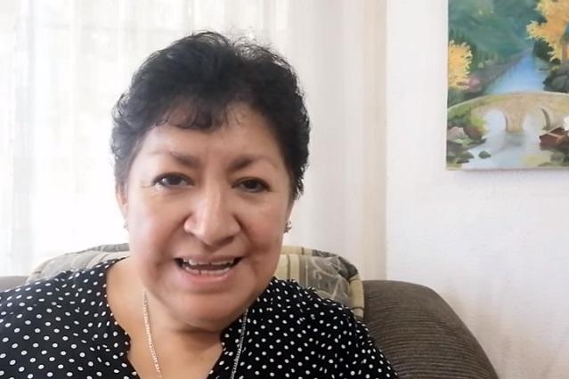 La Teacher Gaby enseña inglés en YouTube y ya tiene miles de seguidores