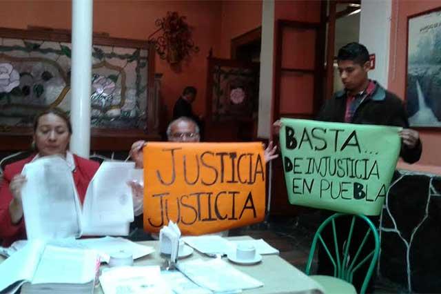 Piden revalorar caso de abogados acusados de crimen en Tecali