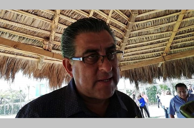 Suspenden mercado de alimentos y animales en Tlacotepec por Covid