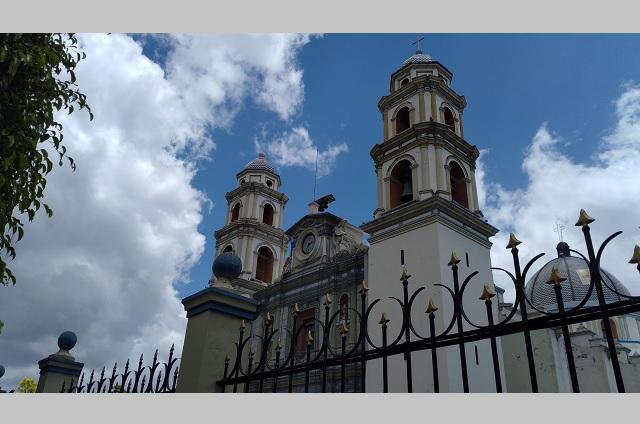 Abren solo cuatro iglesias de la Diócesis de Tehuacán