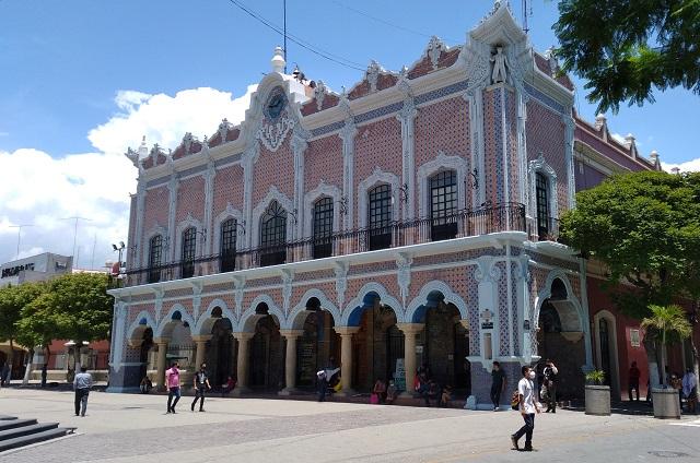 Siguen sin aclarar causas de la detención de funcionarios de Tehuacán