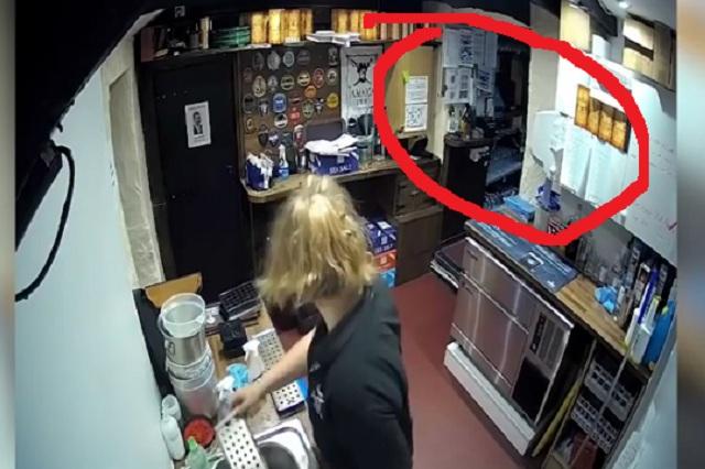 Actividad paranormal en un bar causa pánico en Internet