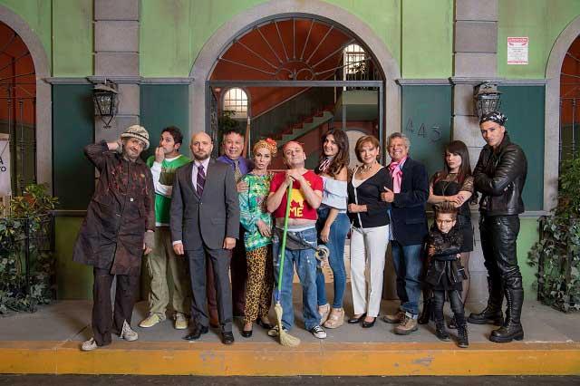 Noche de Buenas, la nueva barra de comedia de Televisa