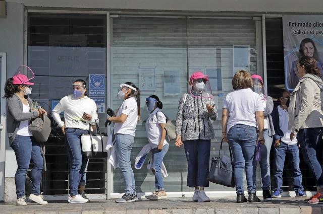 Paran telefonistas en Puebla y estados en defensa de su contrato