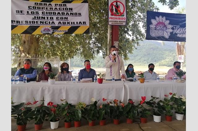 Pide auxiliar de Tenango pruebas de obras públicas a Gustavo Vargas