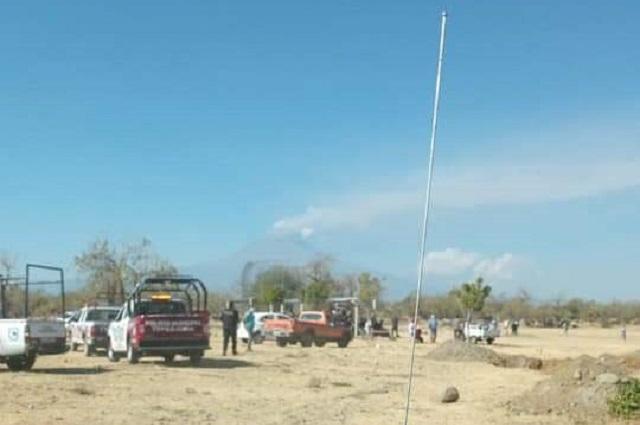 En Tepeojuma policías suspenden juego de béisbol