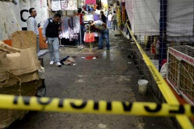 Ejecutan en Tepito a un comerciante que se negó a pagar derecho de piso