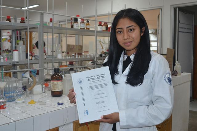 Estudiante BUAP gana Premio a Mejor Tesis en Ciencias Químicas